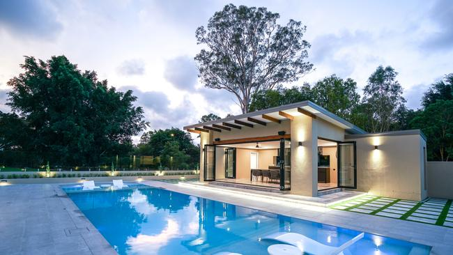 Pool owners can cash in even more if they throw in added extras. Picture: Supplied