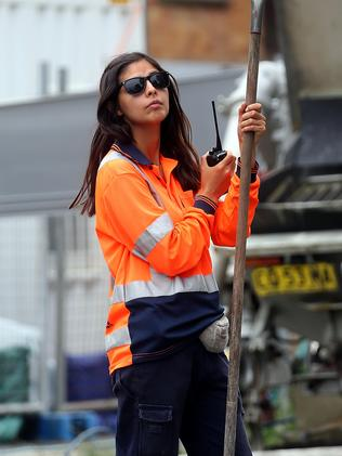 Female construction workers are on the rise. Picture: Diimex