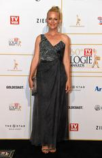 Marta Dusseldorp arrives at the 2018 Logie Awards at The Star Casino on the Gold Coast, Sunday, July 1, 2018. Picture: AAP Image/Dan Peled