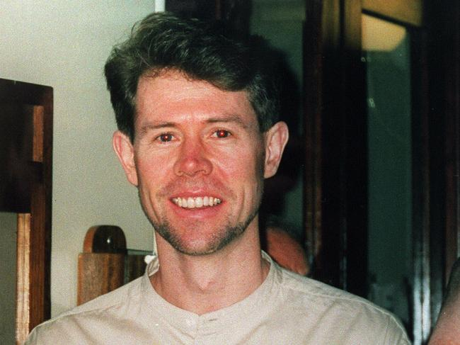 Scott Beynon vanished at a beach in Victoria in April 1998 and was presumed dead.
