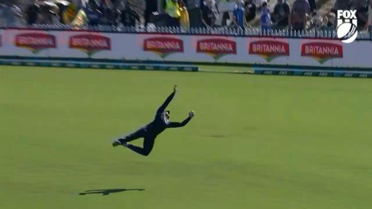 Martin Guptill takes a screamer against Sri Lanka