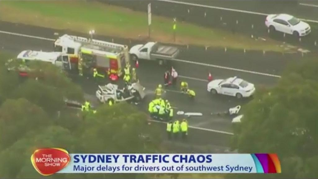 M5 crash: Sydney Motorway closed city-bound after six-car accident