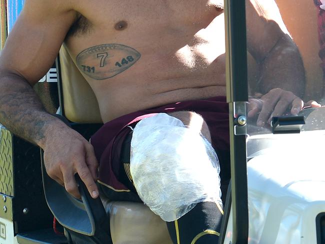 Johnathan Thurston is seen with his knee iced.