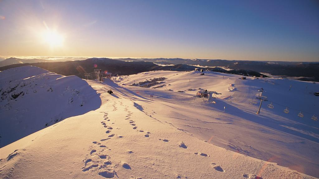 Tourism in regional Victoria, including the ski fields, is being battered by the coronavirus restrictions.