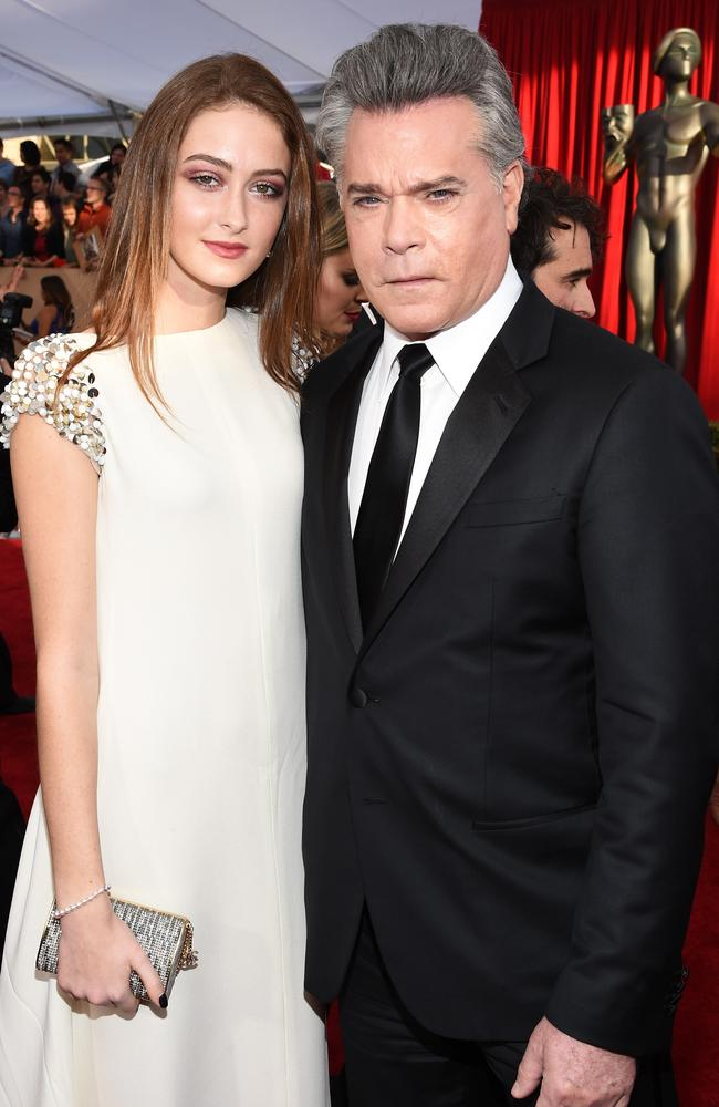 Ray Liotta stuns with new appearance at Screen Actors ...