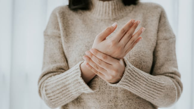 5 acupressure points to press for instant stress relief