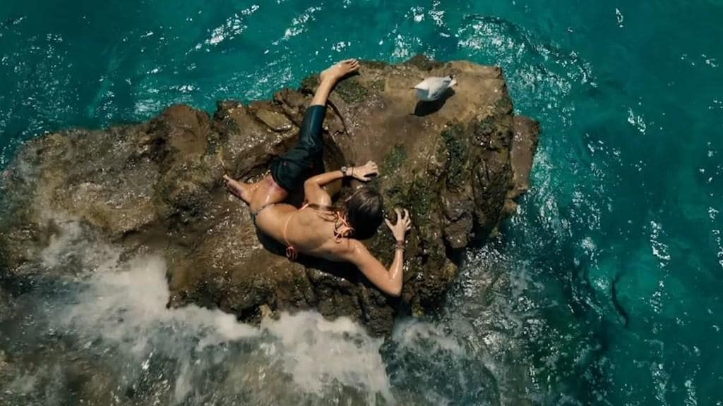 Film Trailer: 'The Shallows'