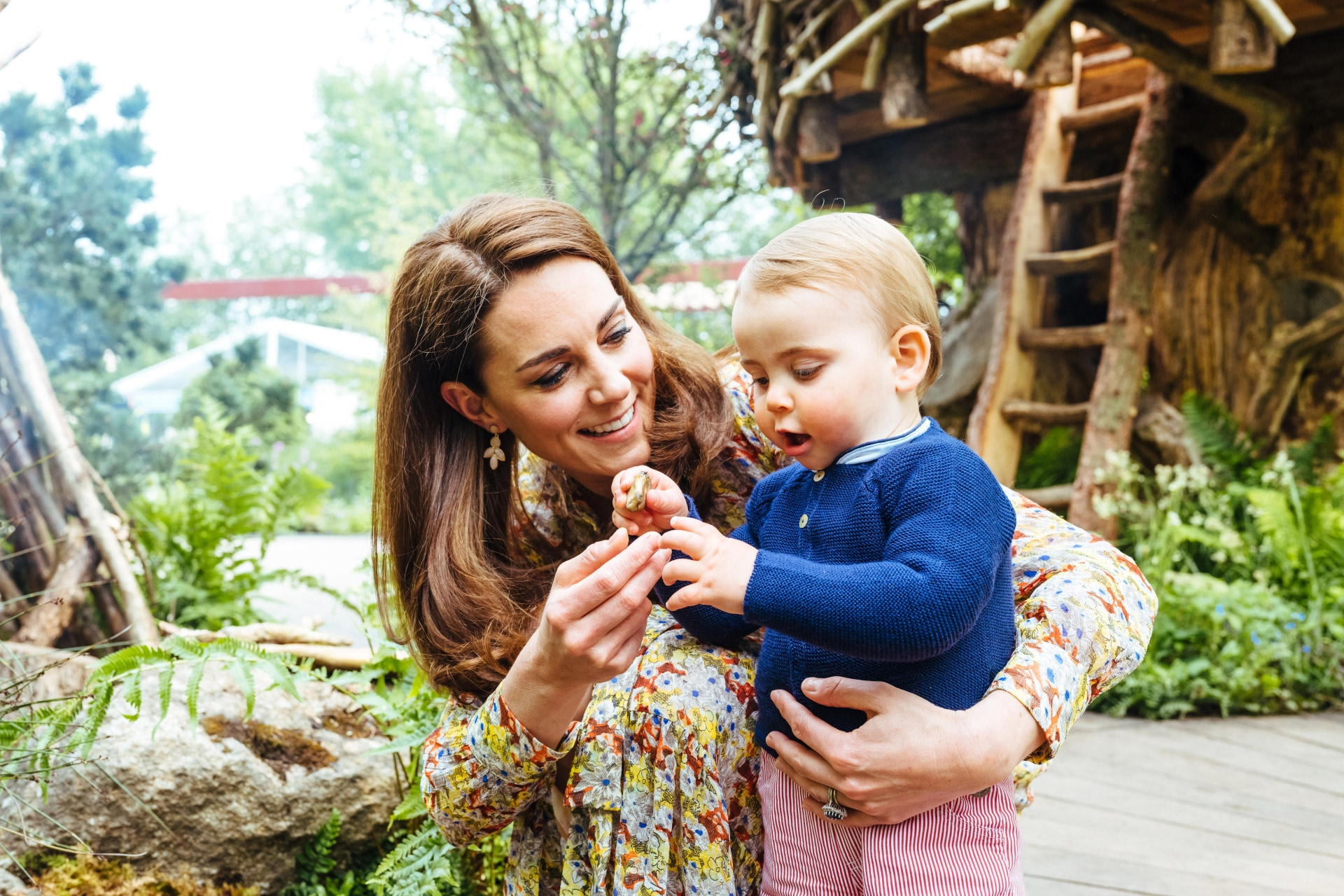 Kate Middleton and Prince William share intimate and sweet photos of a family day out