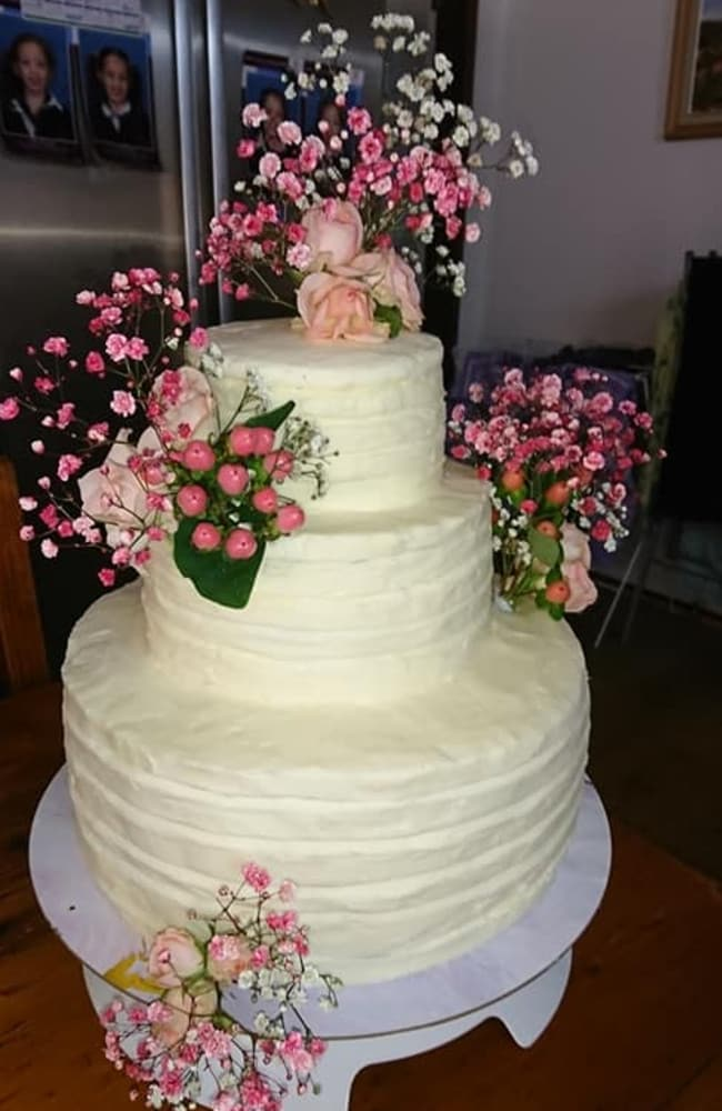 Silvina's resourceful cake hack gives a designer cake a run for its money. Picture: Facebook