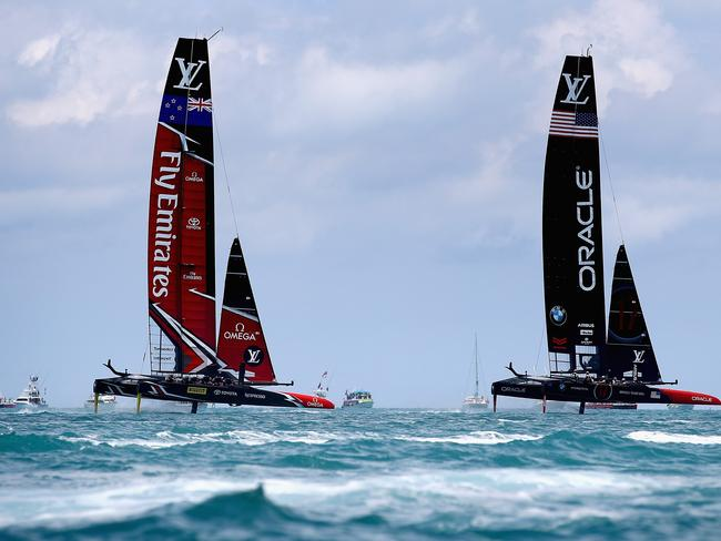 Emirates Team New Zealand and Team Oracle USA in action during the final race.