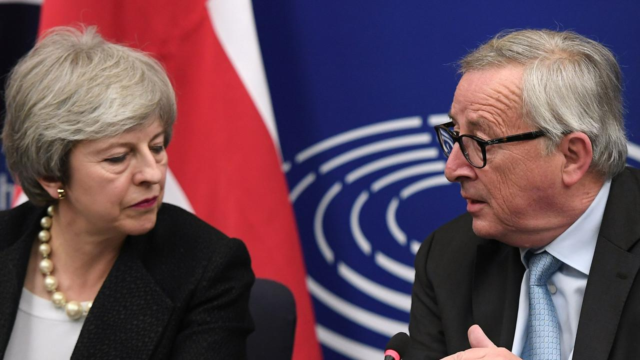 dc5d2da59 European Commission President Jean-Claude Juncker and Theresa May give a  press conference following their
