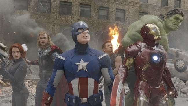 Scarlett Johansson, Chris Hemsworth, Chris Evans, Jeremy Renner, Robert Downey Jr. and Mark Ruffalo.
