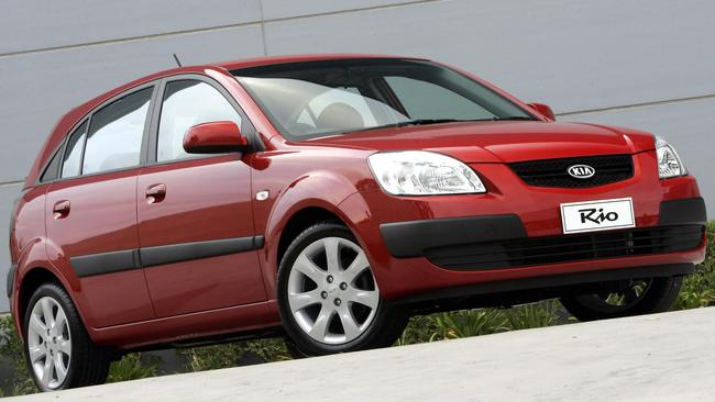 Kia Rio: 10-year-old battery is still gong strong