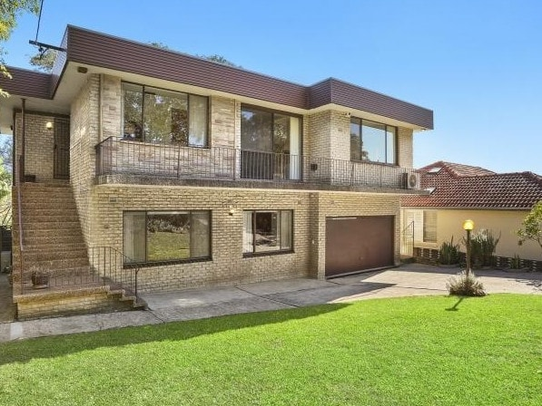 This home at 30 Tunstall Ave, Kensington, sold yesterday ahead of today's scheduled auction