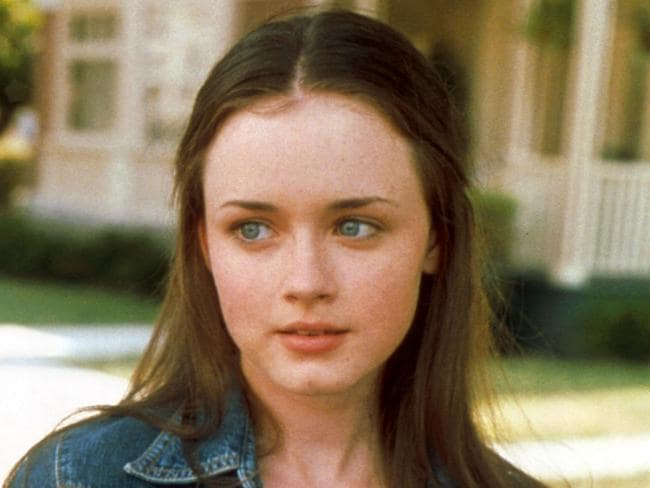 Alexis Bledel hadn't acted professionally before Gilmore Girls.