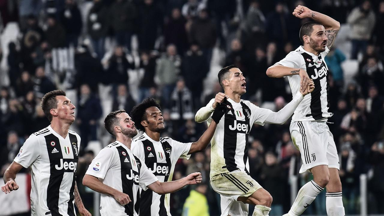 Juve players celebrate