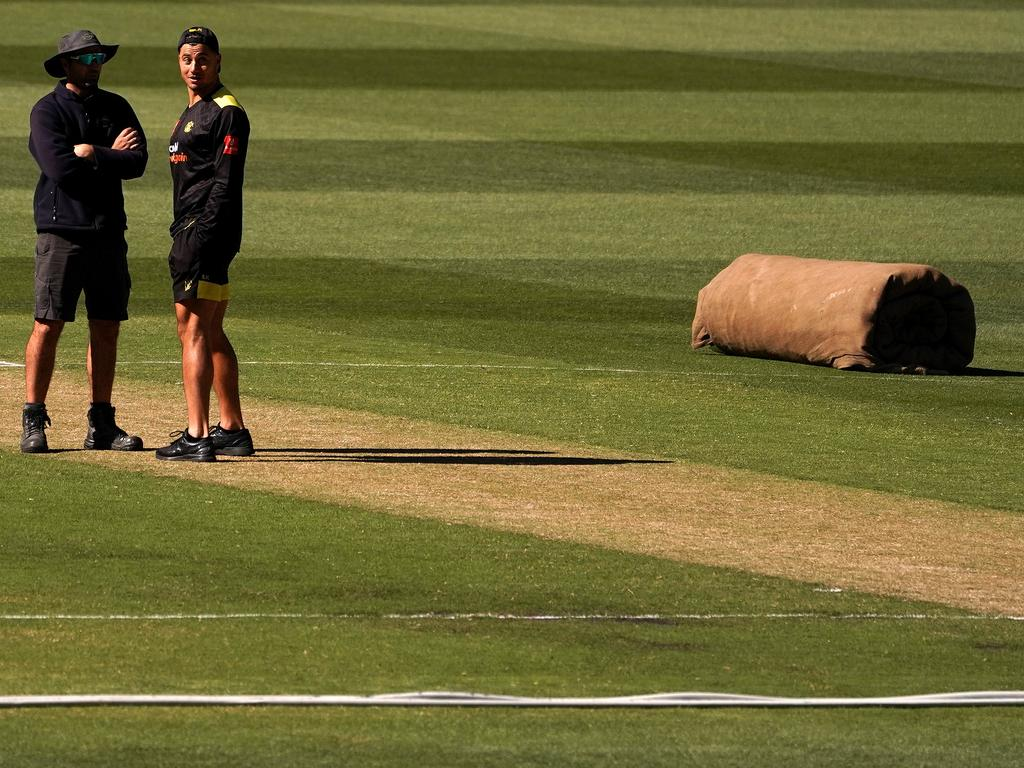 The Sheffield Shield clash between Victoria and Western Australia was abandoned due to a dangerous MCG pitch. Photo: Sean Garnsworthy