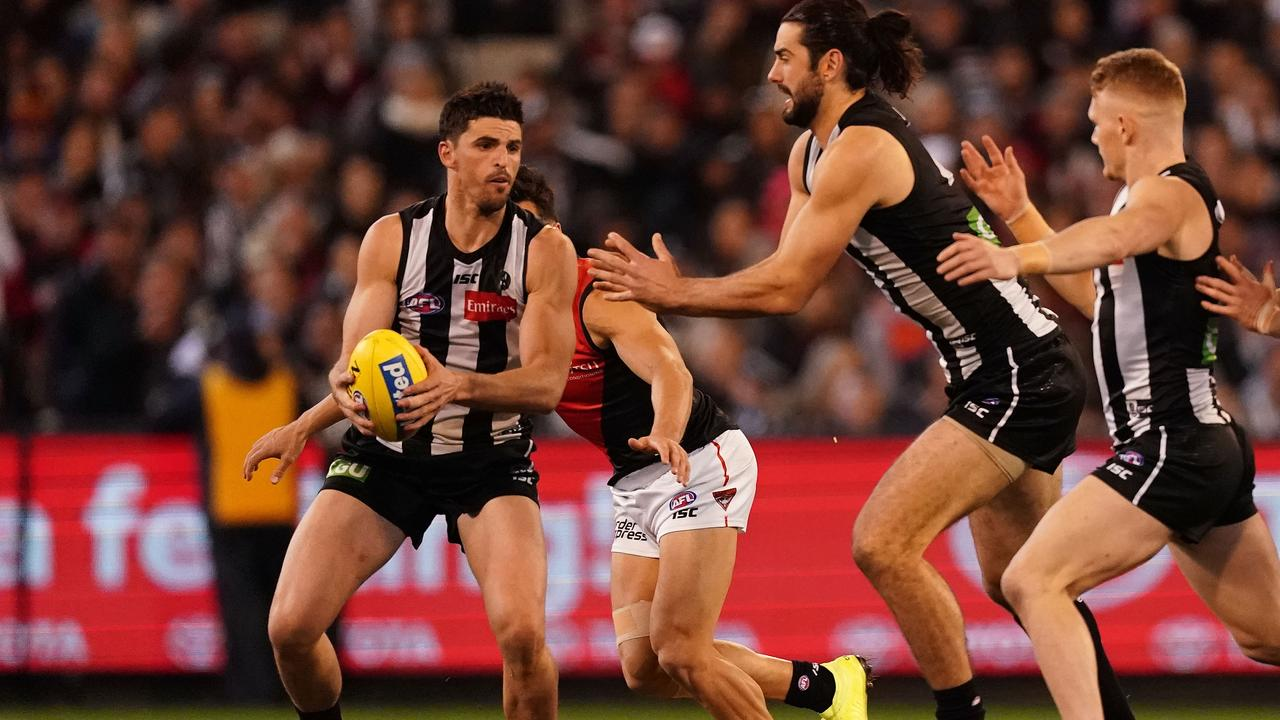 Scott Pendlebury on the move against Essendon in Round 23.