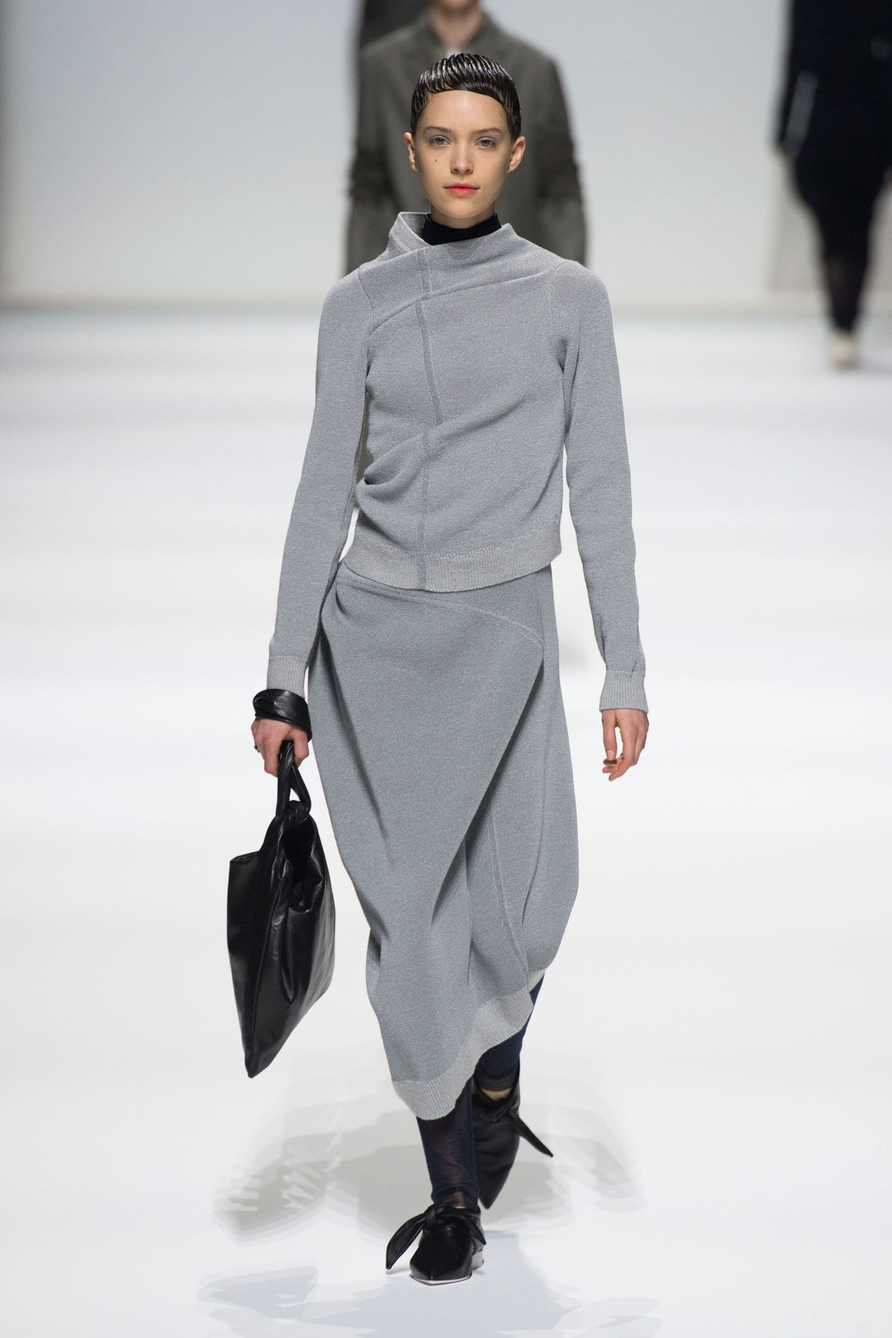 A look from Jil Sander's ready-to-wear autumn/winter '18/'19 collection. Image credit: Indigital