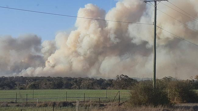 Huge plumes of smoke seen near Stanthorpe.