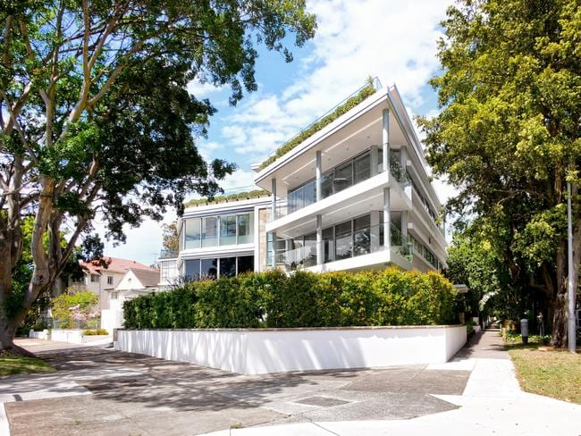 1b Beresford Rd, Rose Bay.