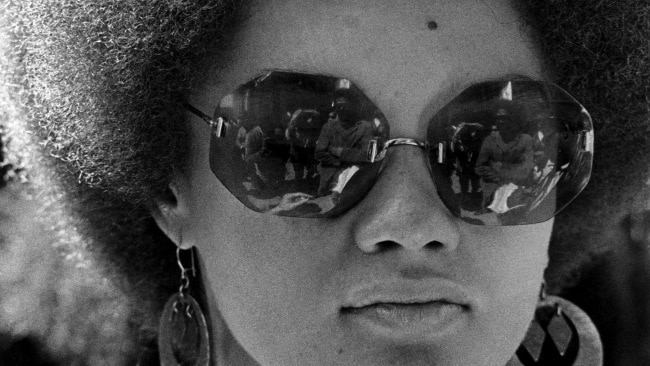 Kathleen Neal Cleaver rocking her iconic afro. (Photo by Robert Altman/Michael Ochs Archives/Getty Images)
