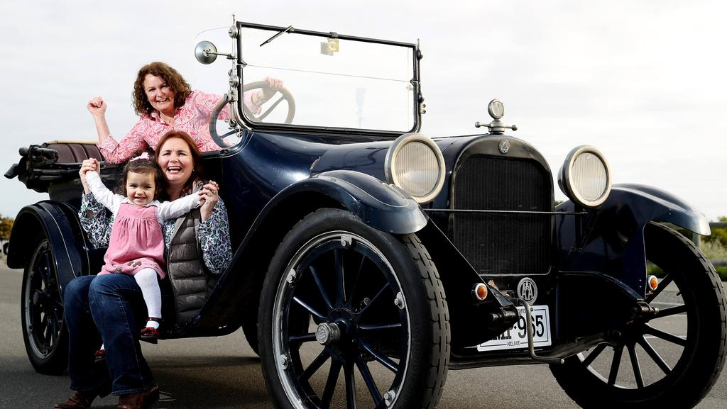 Historic Cars On The Way To The Clare Valley For The Six Day