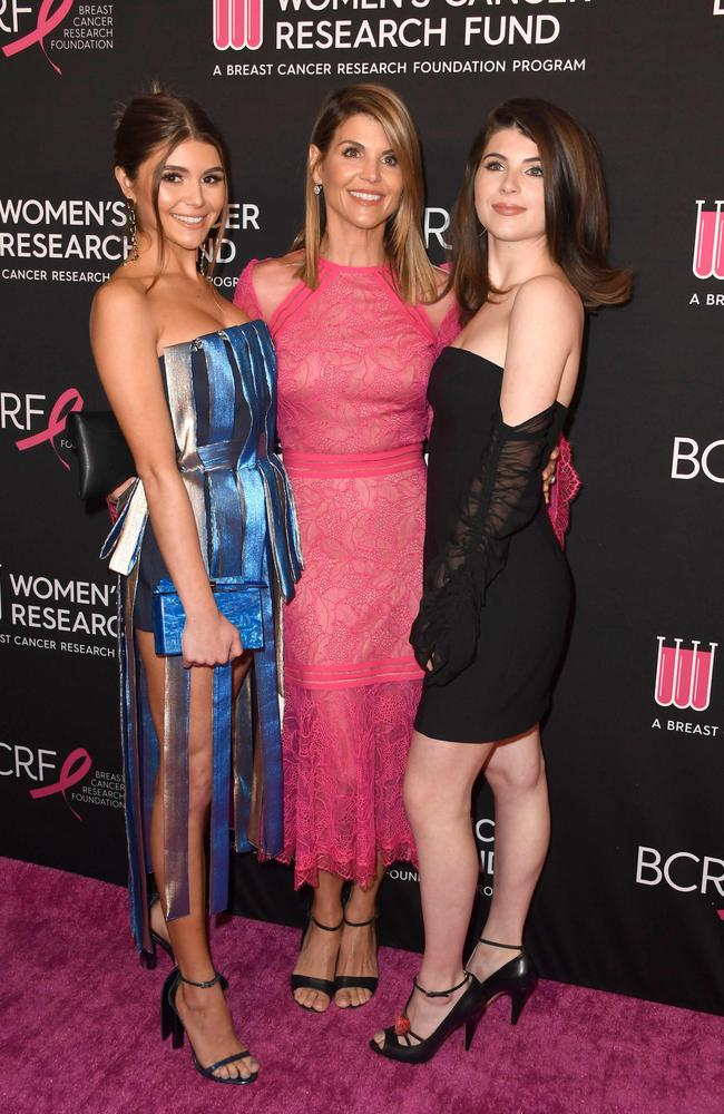 (L-R) Olivia Jade Giannulli, Lori Loughlin and Isabella Rose Giannulli. Picture: GETTY IMAGES NORTH AMERICA / AFP