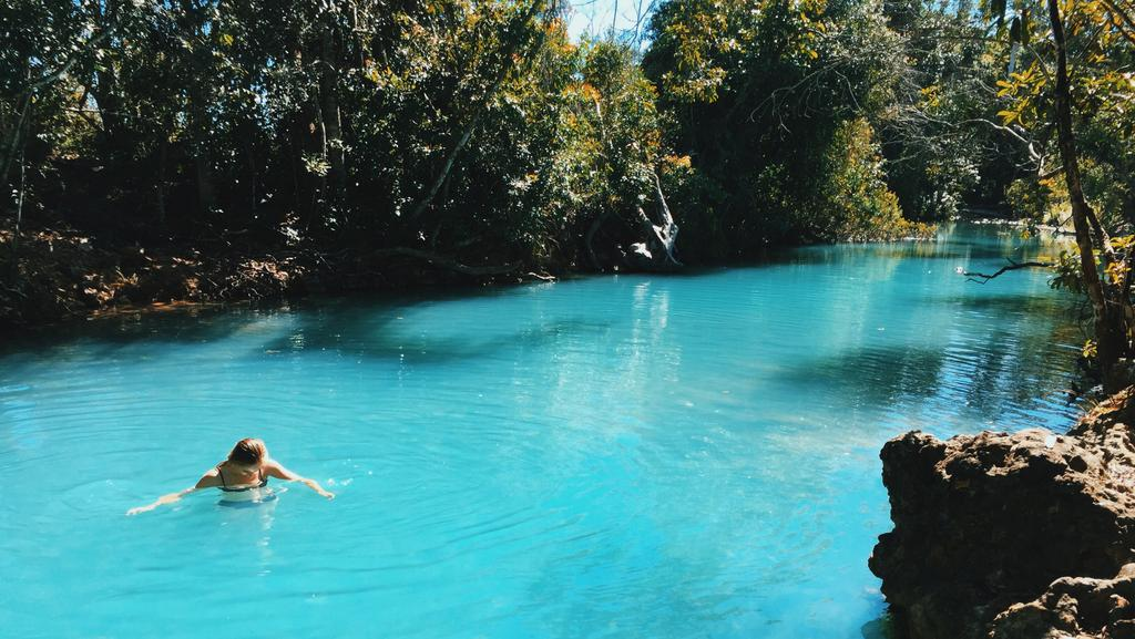 10 top places in australia for instagram photos escape for Natural swimming pool australia