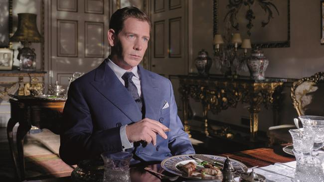 Ben Mendelsohn is an unexpectedly delightful King George VI