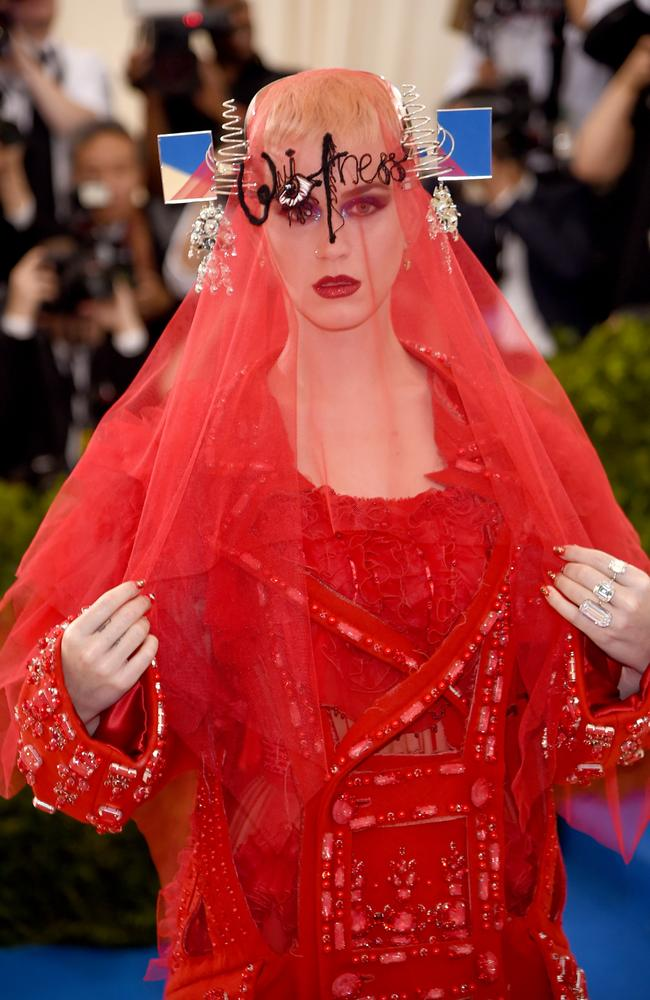 Katy Perry was red-y in this outfit (unfortunately, the internet was not).