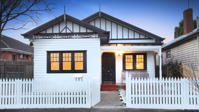 18 Molesworth Court, West Footscray was recently renovated.