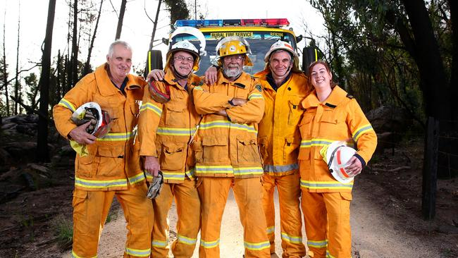 People like these volunteers will be eligible for the medal. Picture: Adam Head/News Corp