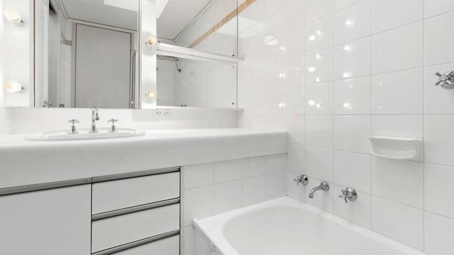 The bathroom at 2/36-38 Marine Pde.