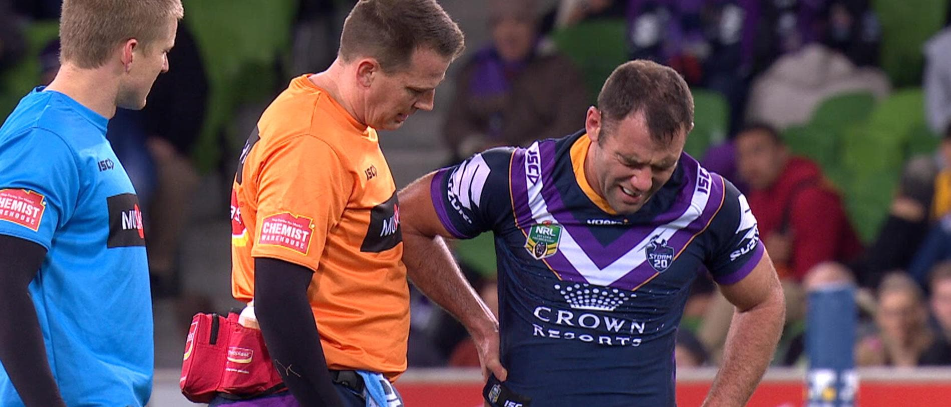 Cameron Smith injures his back.