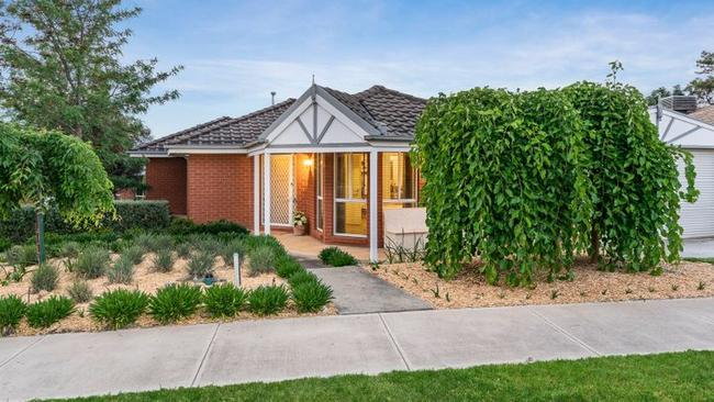 18 Ware Ave, Wodonga is seeking a buyer for $339,000.