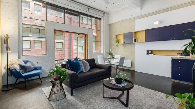 The one-bedroom warehouse apartment sold for $585,000.