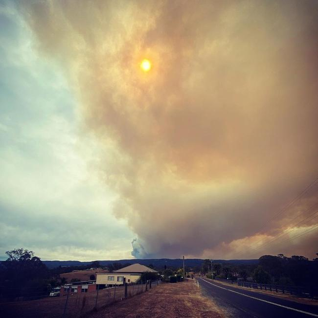 Smoke from the Gospers Mountain fire seen from the Hawkesbury area. Picture: Instagram