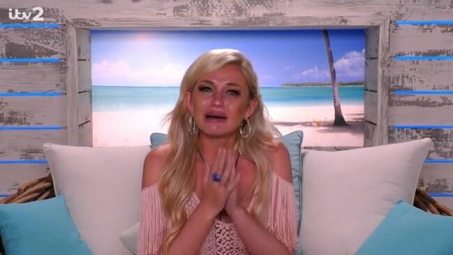 UK reality star's breakdown sparks mental health fears (Love Island)