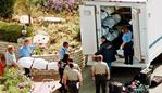 San Diego and LA County Medical Examiner personnel place some of the 39 victims of an apparent mass suicide onto a truck for transport to the morgue Mar 27, 1997 in Rancho Santa Fe, Calif. (AP Photo/Mark/J/Terrill) usa Heaven's Gate cult victims aerials cults scene