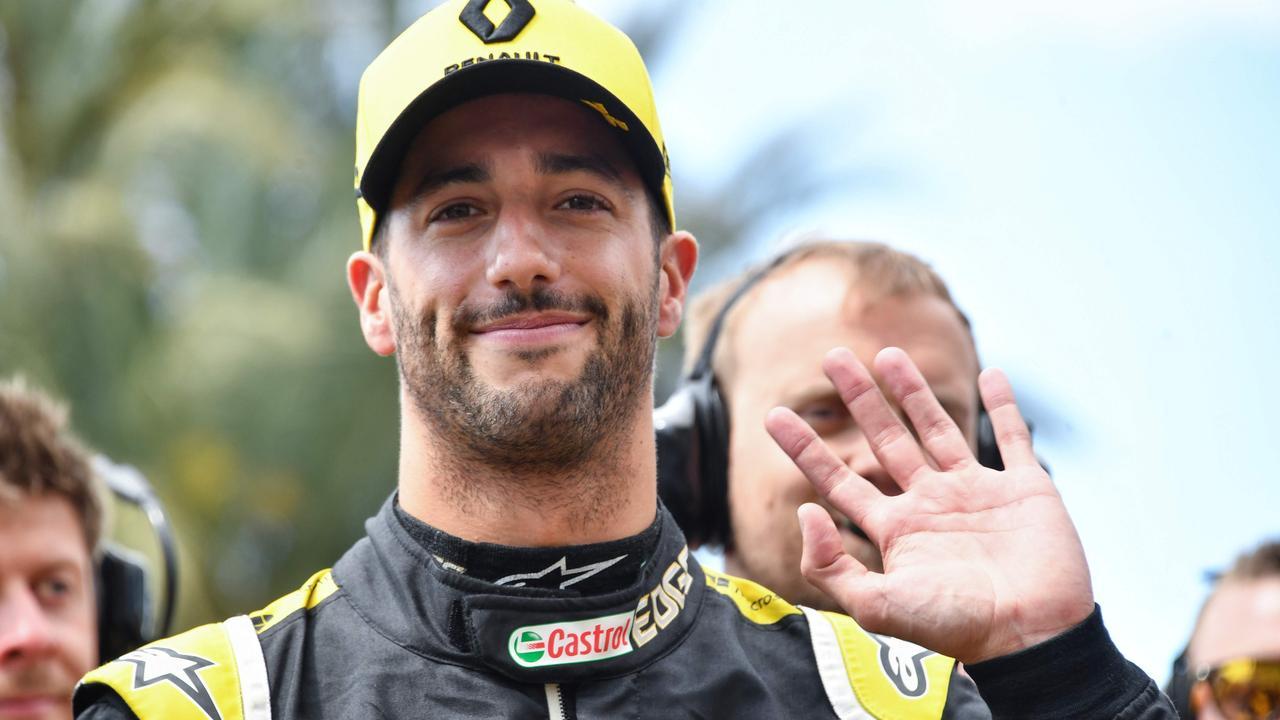 Daniel Ricciardo isn't off to Ferrari. (Photo by YANN COATSALIOU / AFP)
