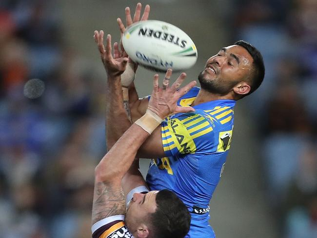 Bevan French of the Eels jumps for a ball.