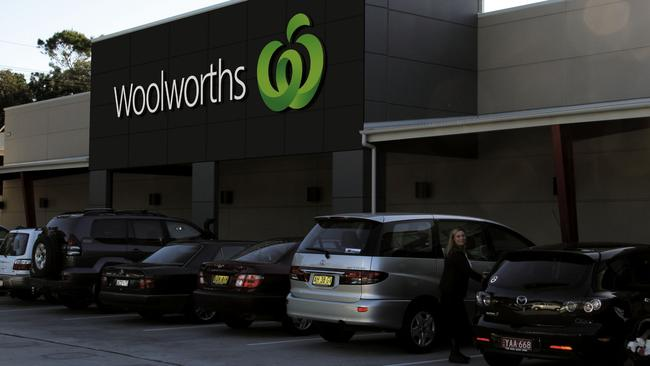 Woolworths has scrapped its cheap milk.