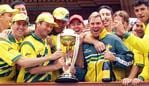 ***AFP PIC - FEE PAYABLE CHECK BEFORE USE**** Steve Waugh and Shane Warne & the Australian cricket team proudly present the Cricket World Cup trophy on the balcony of Lord's 20 Jun 1999 after Aust's win over Pakistan in the final by 8 wickets (ELECTRONIC/IMAGE) Sport o/seas britain celebrations headshot