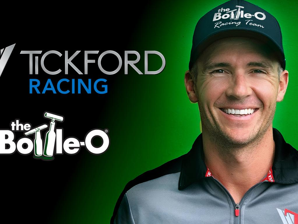 Lee Holdsworth has signed on as Tickford's fourth driver for 2019.