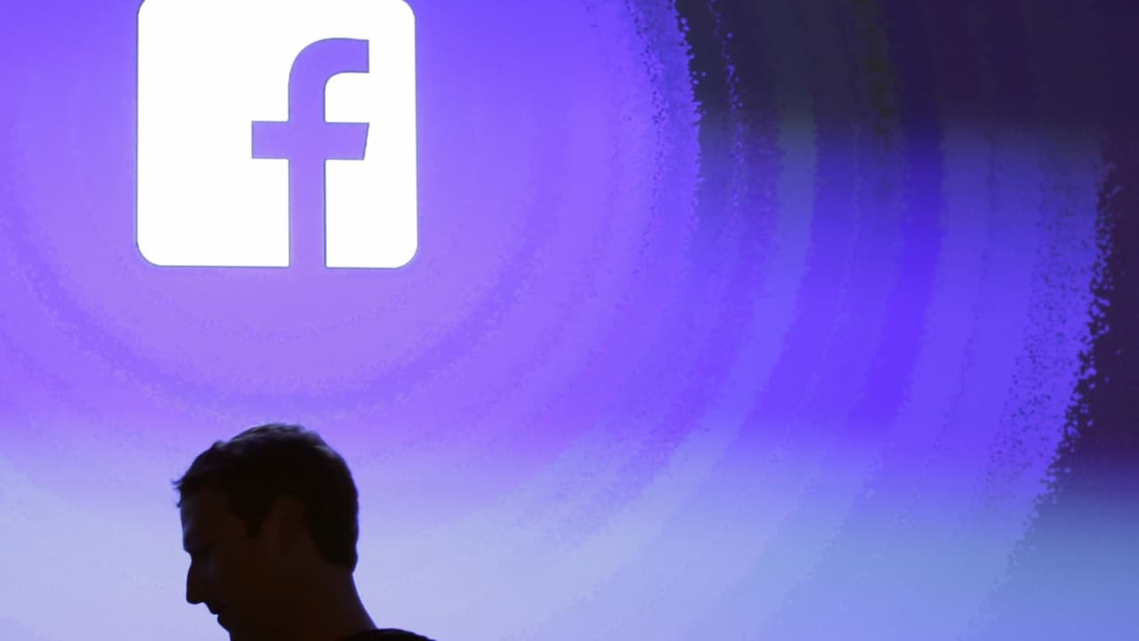 Major security flaw exposes 50 million Facebook accounts