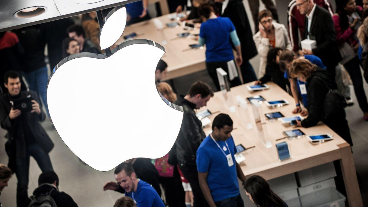 Stock split leads to radical change in Apple share price
