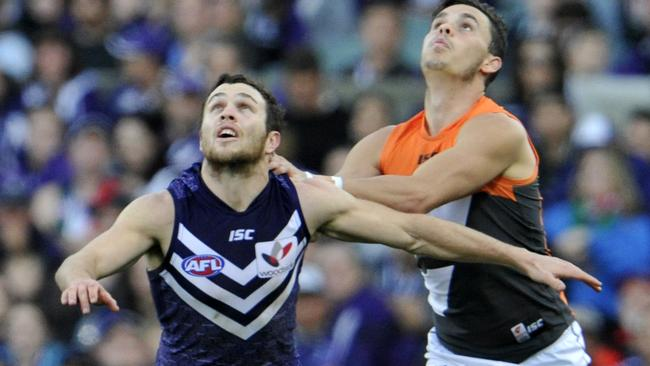 Hayden Ballantyne and Zac Williams battle for the ball. Picture: Justin Benson-Cooper