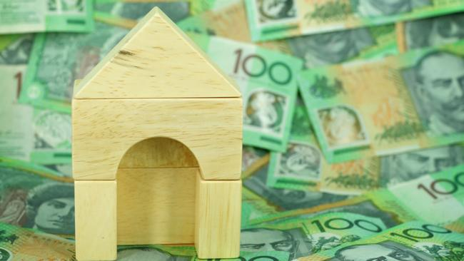 Homebuyers and mortgage holders should not be paying above the 2 per cent range with the current record-low rates. Picture: iStock