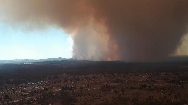 Tingha Plateau fire close to Inverell in northern NSW. Picture: NSW Rural Fire Service.